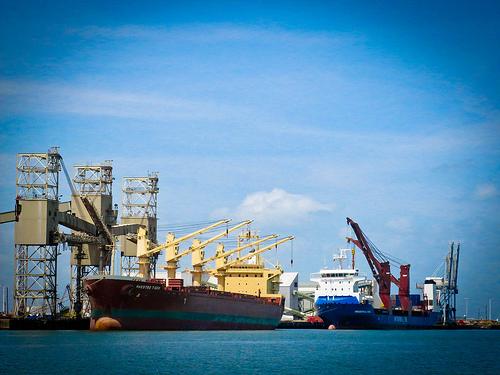 TALL HOU Ships